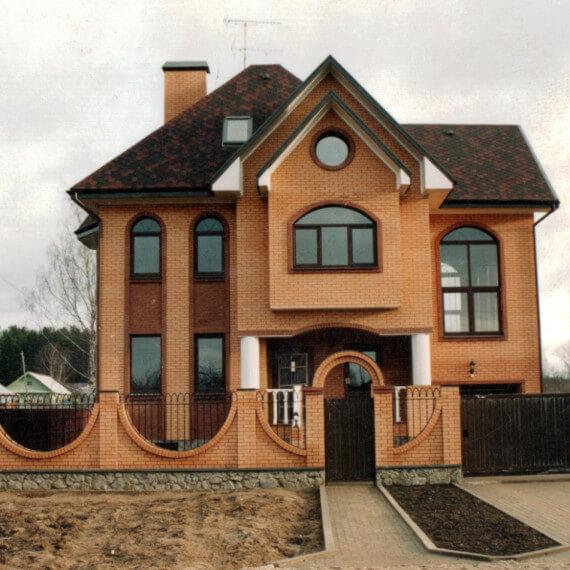 Как построить кирпичный дом под ключ и не прогадать?